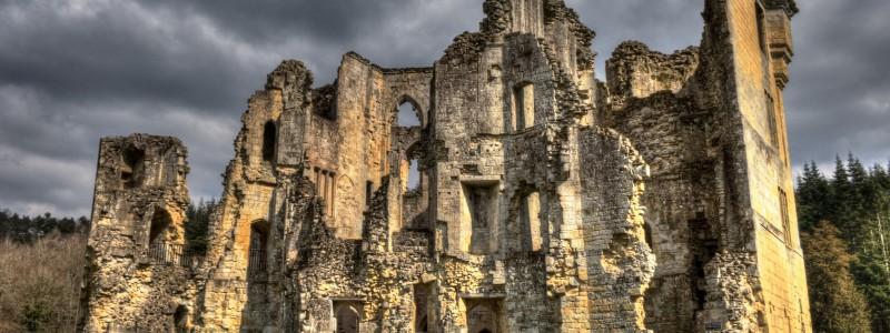 Old Wardour Castle by Derek Finch ccbysa 10104333193_1cd3cac7d8_o (2)